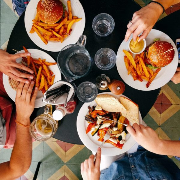 How to turn your restaurant into a success with social media