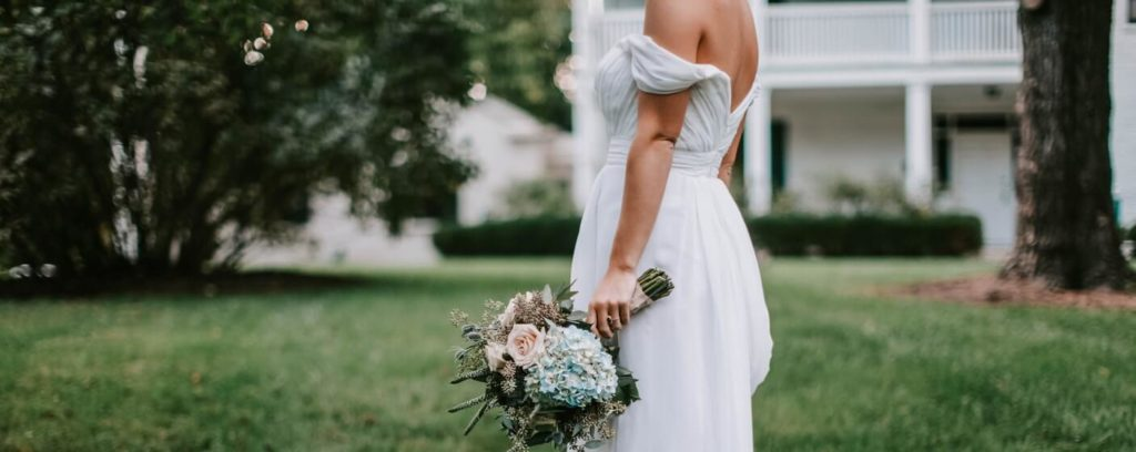 bouquet bride