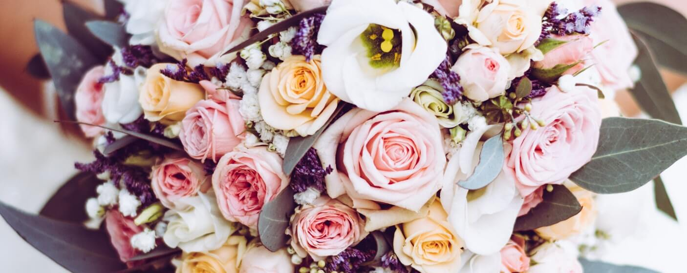 variety of wedding flowers